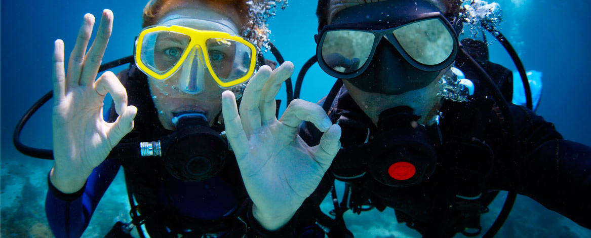 Scuba Divers ok sign