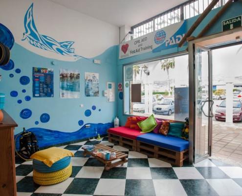 PADI 5 stars dive centre in Laguna Beach, south Spain