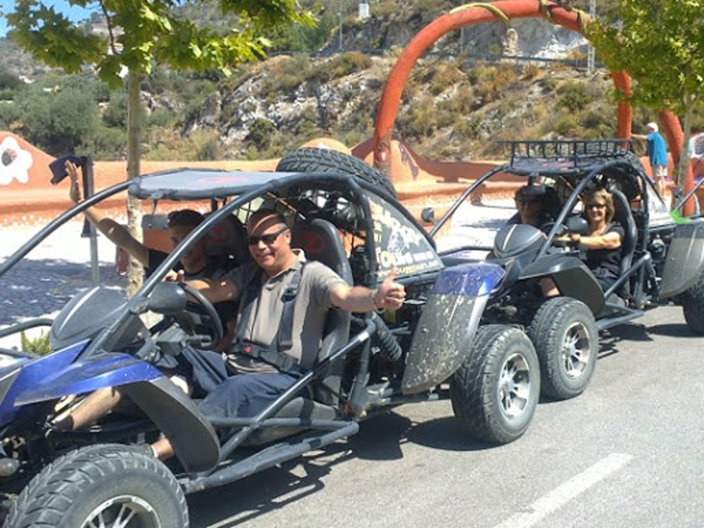 buggy tour entre Torrox y Competa. fun activity to do with family and friends in the Costa del Sol