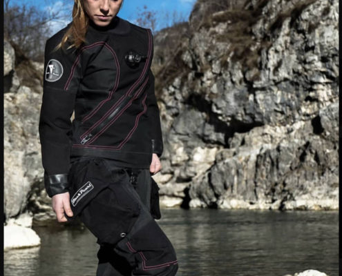 dry suit from Black Pearl equipment. Customisable dry suit